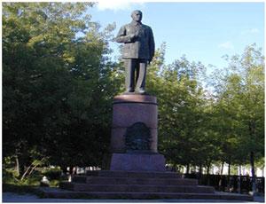 The monument to V. Degtyarev
