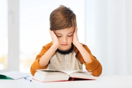 Как помочь младшим школьникам преодолеть медленное чтение